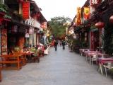 Yangshuo in der Low-Season. Gemuetlich und farbenfroh.