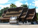 Der bekannteste Wat von Luang Prabang ist der Wat Xieng Thong. Von ihm geht auch ein besonderer Zauber für ganz Laos aus.