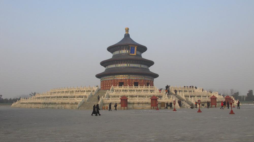 ein runder Tempel für Himmel auf einem quadratischen Platz für Erde_IMG_9232
