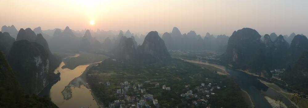 Sonnenuntergang auf dem Laozhai-Hill_P1010926