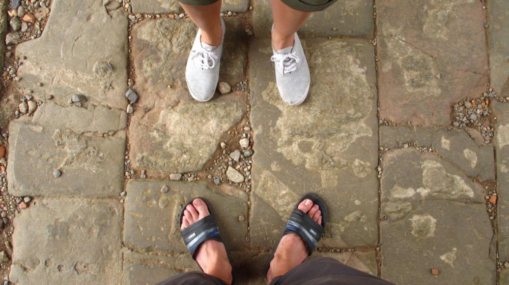 Wir auf der Grenze. Links Süd-, rechts Nordvietnam_IMG_2612